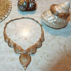 Jewelry - Necklace & Bracelet Pair